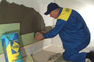 Подготовка и укладка керамической плитки своими руками