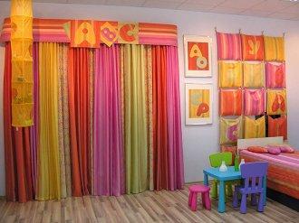 Цвет штор и психологическая атмосфера дома
