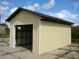 Как обшить гараж на даче?