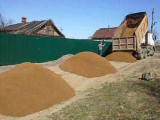 Песок – необходимый материал для любых строительных работ