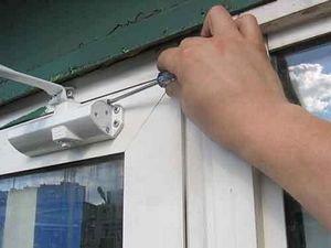 Особенности монтажа дверных доводчиков