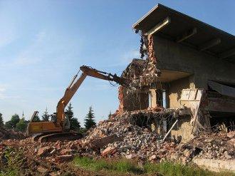 Как подготовиться к сносу здания