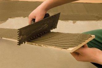 Применение эпоксидного клея при укладке плитки