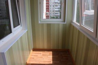 Достоинства и недостатки отделки балкона пластиковыми панелями
