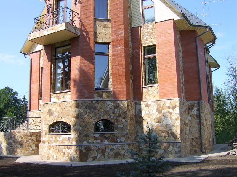 Отделка фасада дома из профлиста фото